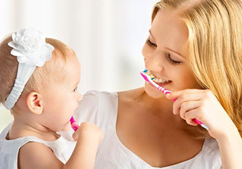 early-infant-oral-care
